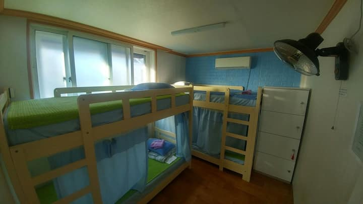 4 people dormitory-4