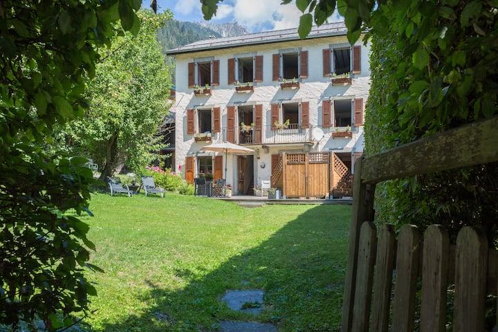 Chalet Villa Cachat BnB Glit