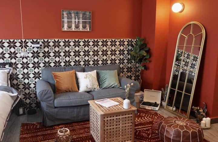 一花民宿【Morocco】新房特惠|国贸商圈|摩洛哥风格一居室|超大极米投影仪