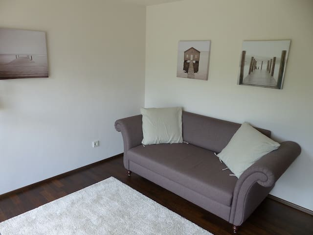 Cozy apartment close to the city - Kirchheim unter Teck - Daire