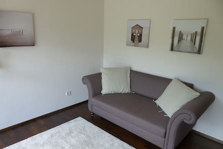 Cozy apartment close to the city - Kirchheim unter Teck