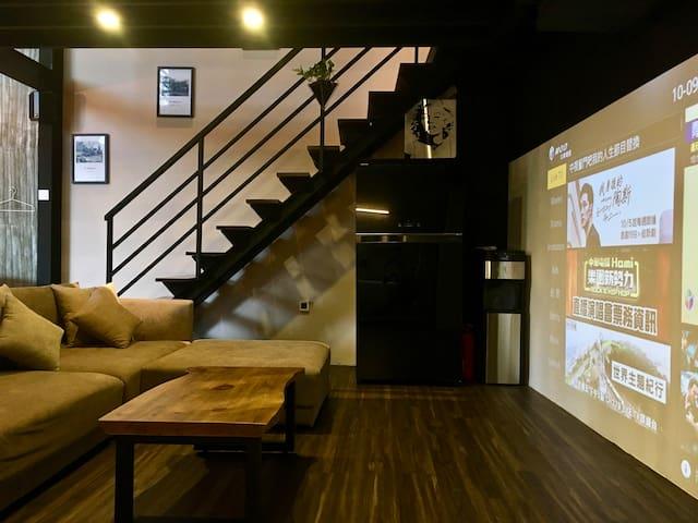 1F 客廳 Living Room