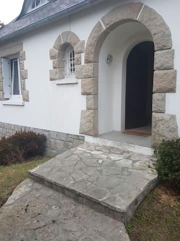 Charmante maison de 96 m2 . - Brest - Dom