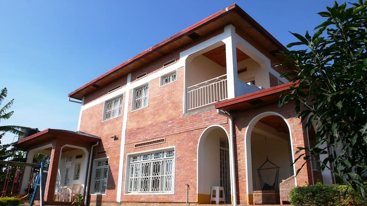 Bright home, valley view! (Niboye: near airport)