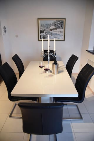 Kuhinjski stol