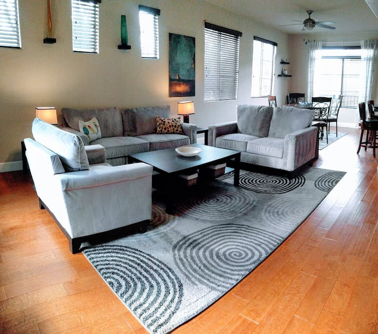 Fully furnished executive condo 6 month minimum for Bedroom furniture 85225