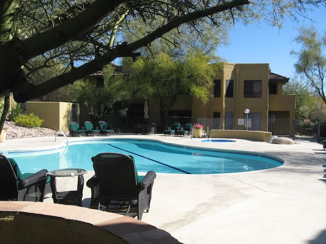 BEAUTIFUL CONDO CATALINA FOOTHILLS - Tucson - Huoneisto