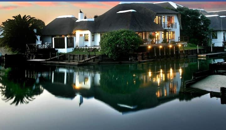 St Francis Bay Canal house sleeps 14