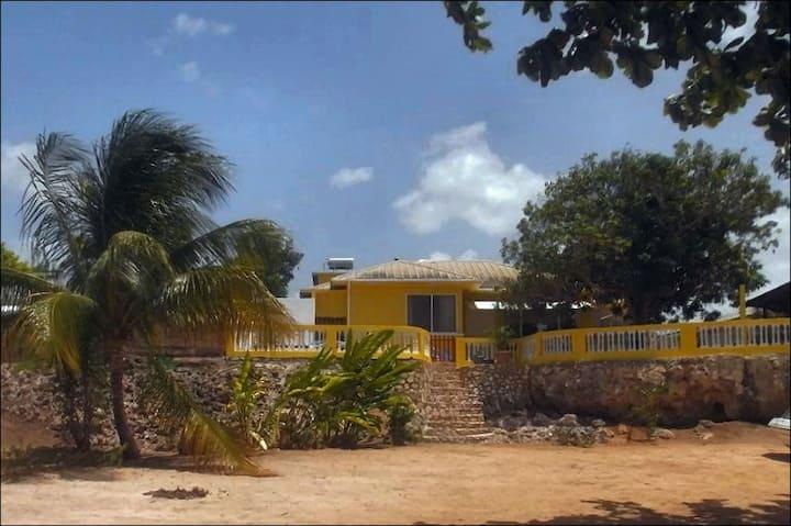 House Erabo 1