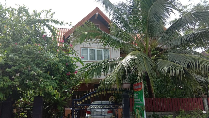 Thai massage home (Kanha therapist) nearsampaothai