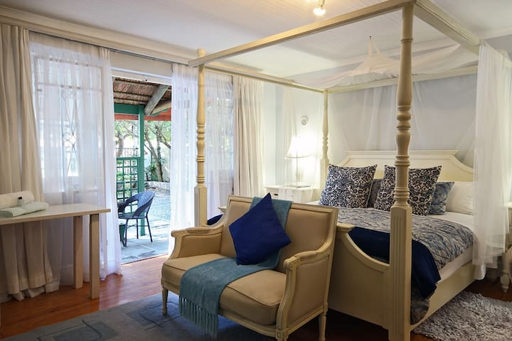Guest House, our 'ROYAL ROOM' - Kaapstad
