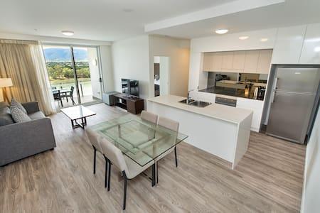 Sophisticated 2 Bedroom Apartment - Rockhampton