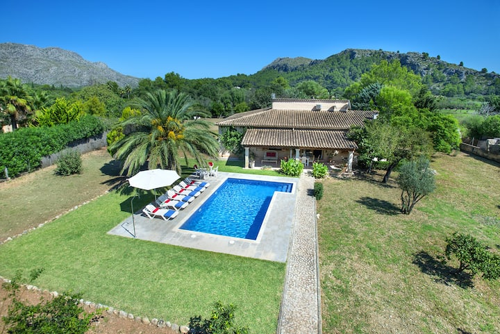 Charming Villa Cati with Fantastic New Pool in Beautiful Setting