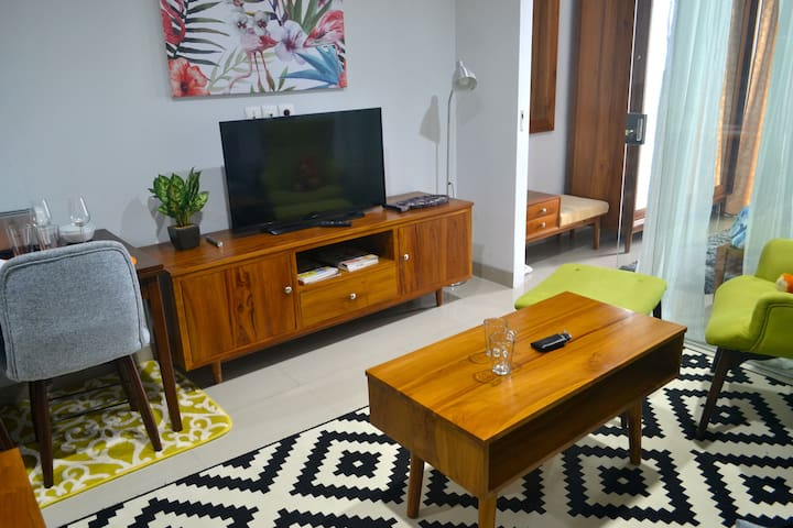 Mid Century Apartment in Dago - Coblong - Appartamento
