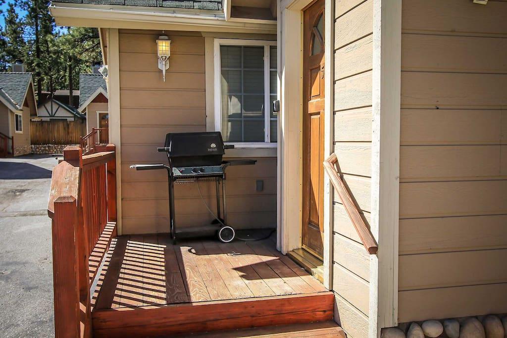 Siding,Deck,Porch,Furniture,Door