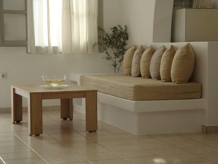'Naxian family apartment'
