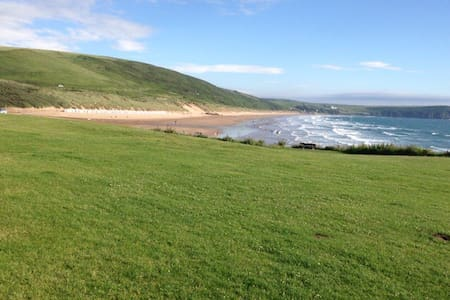 A short walk from the golden sands - Woolacombe - Apartment