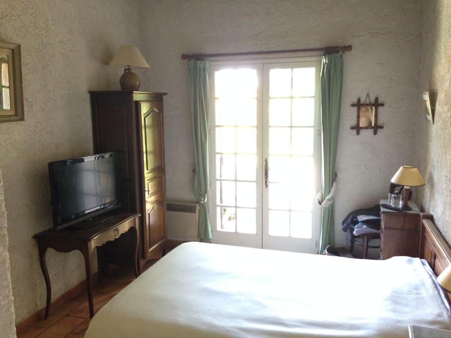 Chambre 1 - lit double 140