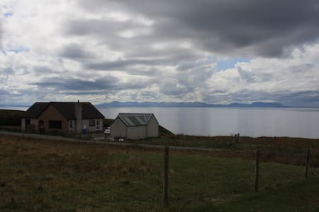 Shiskine self catering apartment - Gairloch