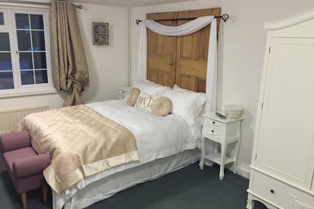 Magna Cottage/3 bedrooms, sleeps 6 - Ansty - Dům