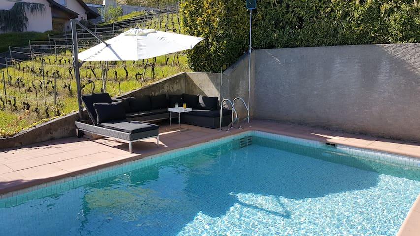 Villa in wineyard in Lutry/Lausanne - Lutry - House