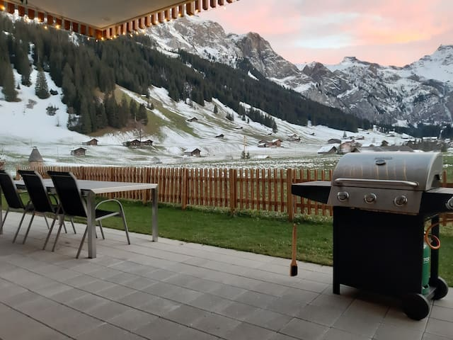 New ! New ! Alpin Wohnung direkt im Skigebiet