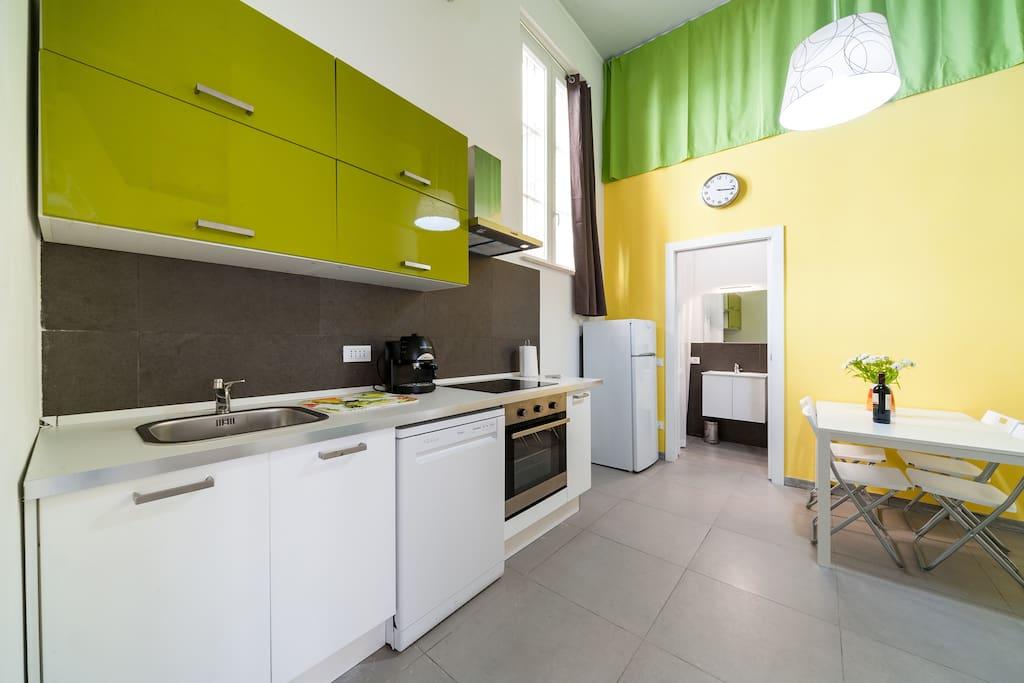 Angolo cottura- Kitchen- cocina