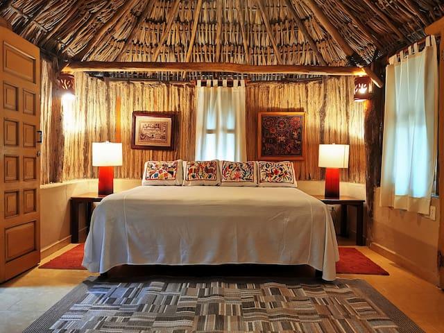 Hotel Casa Quetzal.  CASITA MAYA