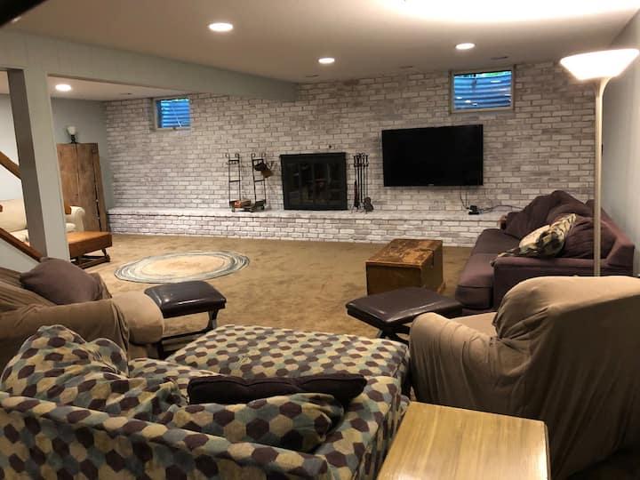 Cozy spot near Penn State Univ - in a great area!