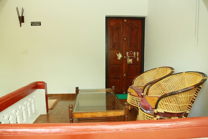 Neena Homestay at Marari beach (Lilly room)