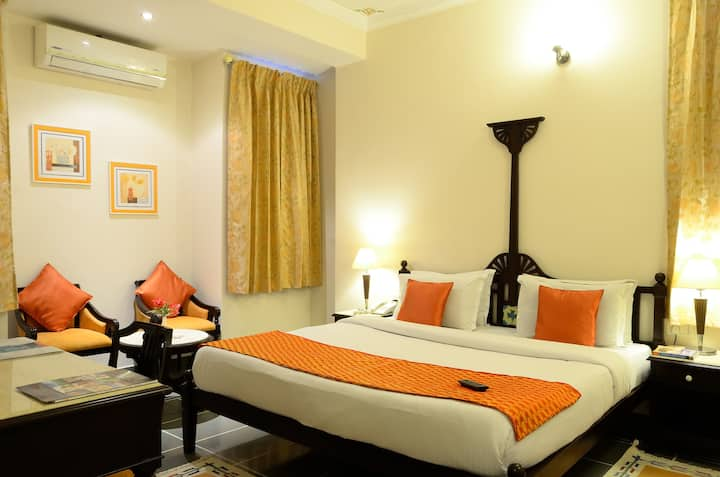 Double Bedded room on the first floor in Udaipur