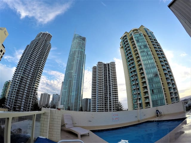 Room With Ocean View In The Heart Of Gold Coast ! - Surfers Paradise - Apartmen