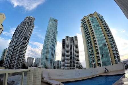 Room With Ocean View In The Heart Of Gold Coast ! - Surfers Paradise