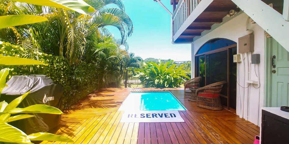 Villa Palma ☀︎ Sleeps 11 ✔︎ Private Pool ✔︎ Gated