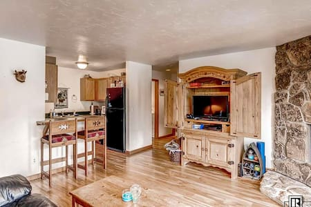 Condo in the heart of Steamboat - Steamboat Springs - Apartament