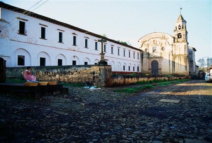 Perfecta ubicación en el corazón de Pátzcuaro II