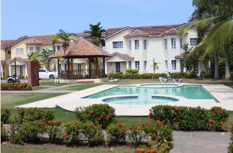 Dreamy Villa in Paradise