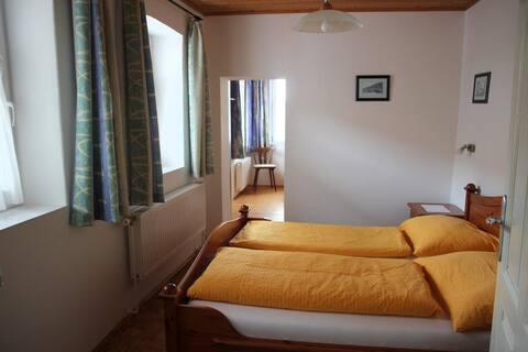 Gertis Ferienhaus (Poysdorf), Ferienhaus mit zwei sep. Schlafzimmern
