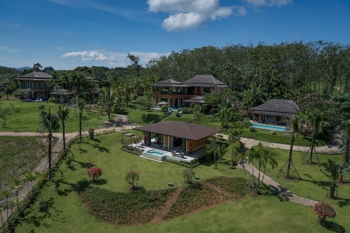 Holidays private complex for 10 guests