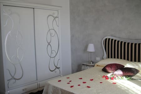 Beautiful Appartment in Tuscan Countryside - Campiglia Marittima - Daire