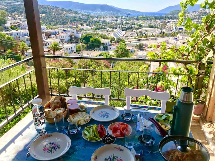 Eda's Olive Place 2.2 km away Bodrum city center