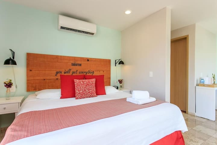Romantic Suite at Hotel Boutique Rato 10 center