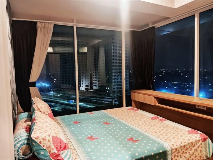 2 Bed Room Corner A Grand Kamala Lagoon Apartement
