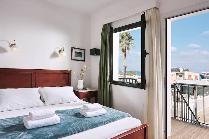 DAFNI, amazing 2 bedroom apt with sharing pool