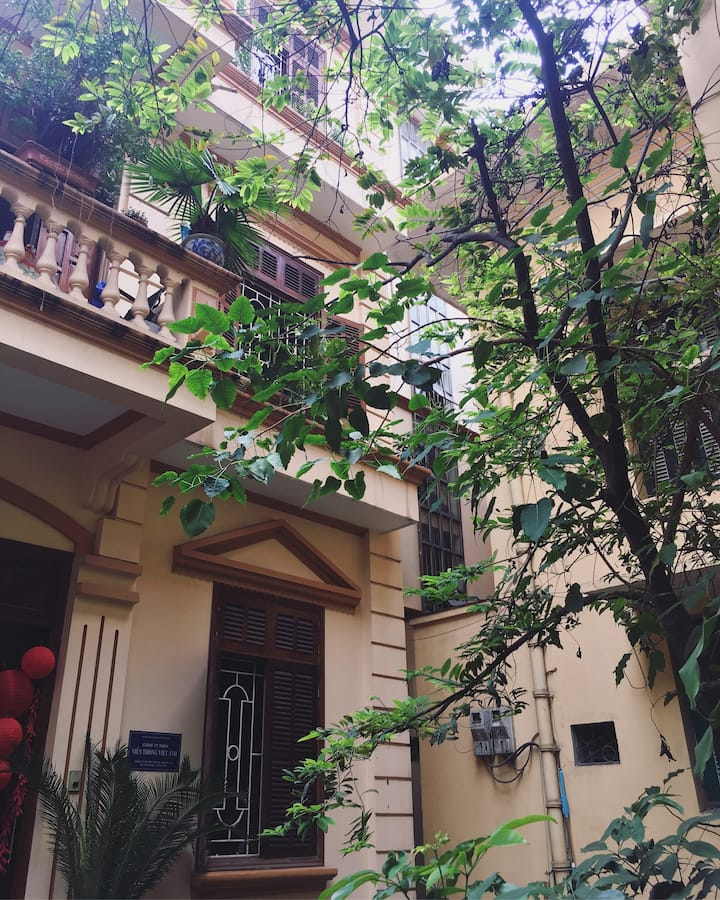 Chi's house/Local house 1BR at Centre of Hanoi