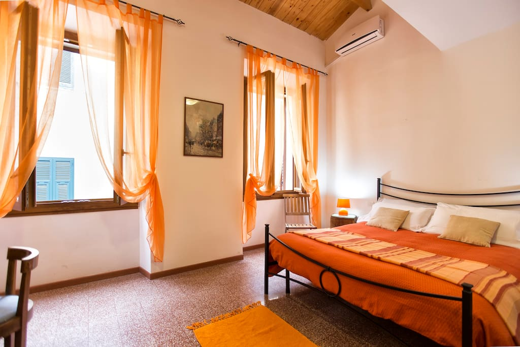 Room with private external bathroom chambres d 39 h tes for Chambre d hote sardaigne