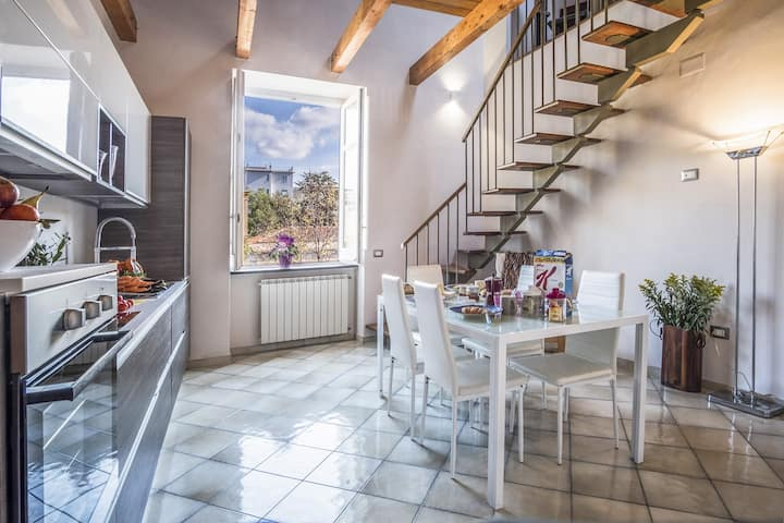 Family-friendly APARTMENT CARUSO, Sorrento-Center, Parking-Included, WI-FI