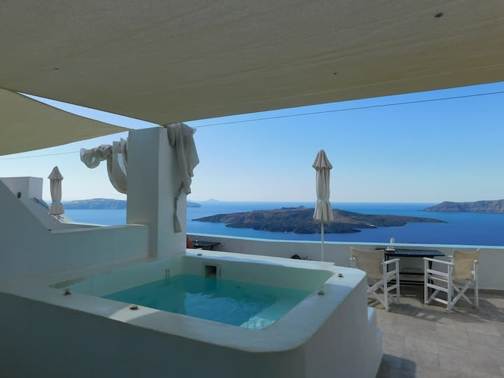 Cabana Mansion - King Suite with external Jacuzzi