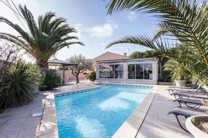 Maison plein pied spacieuse piscine - Maureilhan - 단독주택
