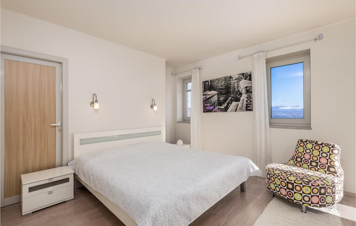 Amazing apartment in Lovran with WiFi and 1 Bedrooms